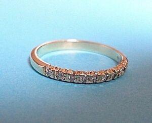 Wunderschöner Ring 585 14 Karat Gold, mit 10 Brillianten, Größe 58