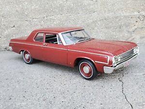 Highway 61 1964 Dodge 330 Series Sedan 1:18 Scale Diecast Model Car DCP