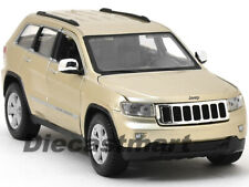 2011 JEEP GRAND CHEROKEE LAREDO GOLD 1:24 DIECAST CAR MODEL BY MAISTO 31205