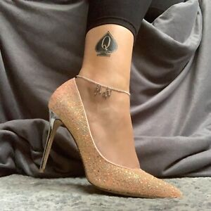 Hotwife Anklet, Hot Wife Cuckold Anklet, swinger Threesome Ankle jewellery