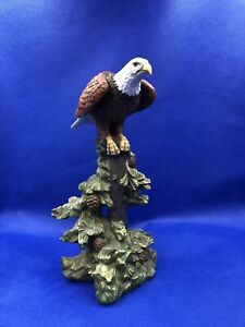 """BALD EAGLE FIGURINE HOUR OF POWER EAGLES CLUB 1999 MICHAEL MAIDEN, 12"""" ON PINES"""