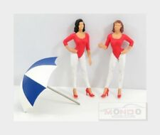 Figures F1 Set Paddock Girls With Umbrella White Red Blue BRUMM 1:43 F097