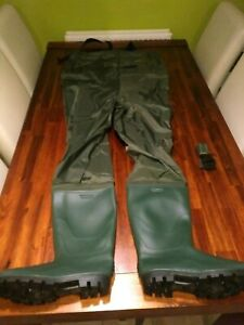 Brand New Waterproof Michigan Chest Waders Boot Size 10 Fishing Pike Carp Perch