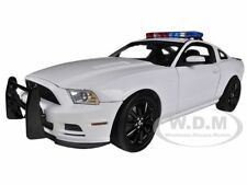2013 FORD MUSTANG BOSS 302 UNMARKED WHITE POLICE 1/18 SHELBY COLLECTIBLES SC463