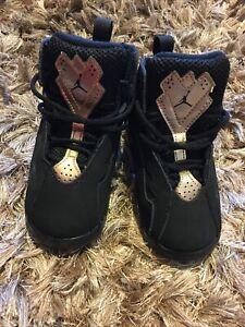 Jordans Toddler 8c Black & Gold EUC