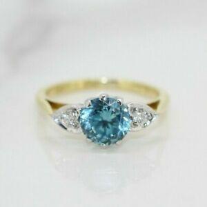18ct Yellow Gold Blue Zircon and Diamond Three Stone Ring (Size I, US 4 1/2)