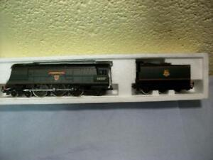 West Country Class 4-6-2 Loco 34007 'Wadebridge' Hornby R.374 Boxed Code 3