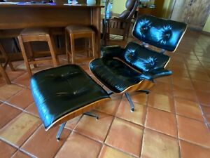 Vintage Eames Lounge Chair and Ottoman by Herman Miller