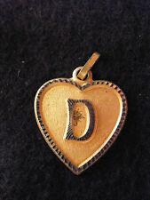 Pendentif Coeur Médaillon en Or Plaqué Lettre D 2 cm
