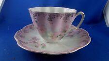 ancienne tasse dejeuner porcelaine fine epoque XIXe decor floral eglantines