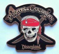 Disney 3D Pin Pirates of the Caribbean Skull and Swords