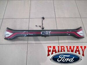 15 thru 18 Edge OEM Genuine Ford Rear Tail Lamp Reflector Panel SE & SEL Models
