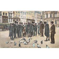 """LYON 2640 les pigeons de la place des terreaux pub """"à la petite jeannette"""" rue c"""
