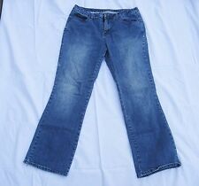 St Johns Bay Ladies Sz 12 Petite Blue Jeans Boot Cut Secretly Slender Mid Rise