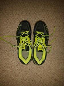Yonex mens badminton shoes Power Cushion 75 size 8 1/2 Rajiv Ouseph Signature