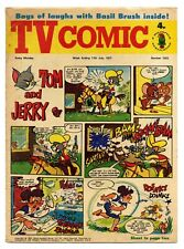 TV Comic 1022 (July 17 1971) TV Avengers, Tarzan. Catweazle, Laurel & Hardy...