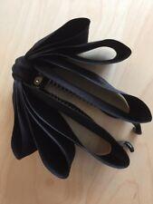 Hermoso Cabello Clip de plátano con grandes en cascada Moño Negro Satinado