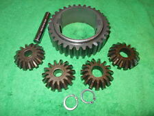 AM119879 John Deere (Sabre) Gear & Shaft 1538