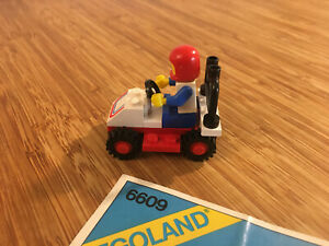 Lego City Town Set 6609 Race Car (1980).