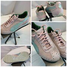 Puma Golf Shoes Sz 7.5 Women Pink Suede Leather Blue Stripe YGI J0S-20