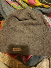 Columbia womens cable beanie Gray New No Tags