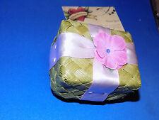 American Girl KANANI 's GREEN GIFT BOX (only) fr 'Ukulele Set RETIRED 2011 EC