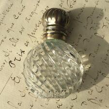 FLACON A SELS OU PARFUM XIXè Métal Argenté Victorian SCENT BOTTLE 19thC