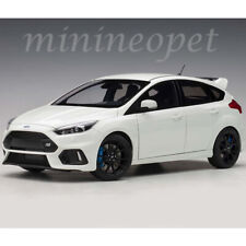 AUTOart 72951 2016 FORD FOCUS RS 1/18 MODEL CAR FROZEN WHITE