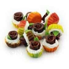 4x Miniature chocolate fondant cupcakes con mezcla de Papel Color Rosa cupses