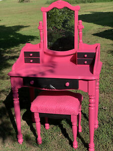3 Piece Pink And Black Vanity Set, Handpainted And Reupholstered - Excellent