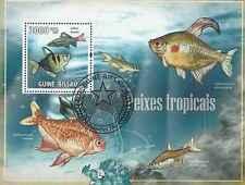 Timbre Poissons Guinée Bissau BF4119 o réf. Stampworld lot 19105 - cote : 10 €