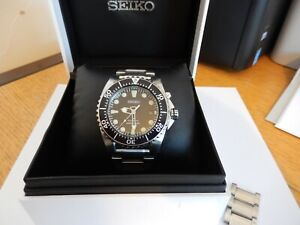 Seiko Kinetic Divers watch (5M62-0BL0)