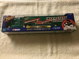 NASCAR Bobby Labonte #18 Interstate Batteries Trailer Rig Action Winners Circle