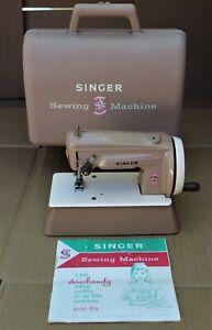 VTG Singer Sewhandy Child's Sewing Machine w/ Case & Booklet #22851 MODEL#40 k