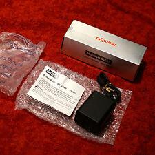 new MAMIYA external Battery case PE401 : 645 AF/AFD I-III, Phase One AF DF DF+