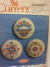 New vntg 84 Counted cross stitch 3 country magnets 7074-6