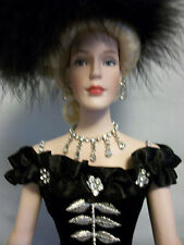 """Lady Lou She Done Him Wrong Porcelain Doll 17"""" Robert Tonner Edith Head Mae West"""