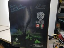 Vacuum with Water Filtration Sirena 3.5 L Basin Assorted Brushes NEW OPEN BOX