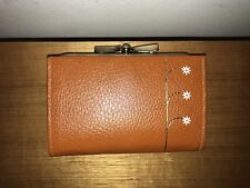 Buxton Tan Leather Trifold Purse: Flowers: Newey England Brasswork - Real Style
