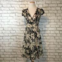Banana Republic Women's Short Sleeve Sheer Beige Floral Wrap Dress Size 0P