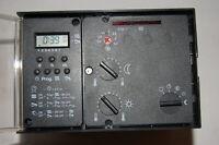 EBV Beta 3 mit Digitaluhr und Sockel