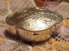 Pillendose Silber 925 mit floralen Akzenten