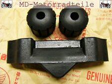 Honda CB 750 Four K0 K1 K2 Tank Gummi Set 17611-283-010 und 17613-292-000
