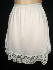 Vtg SILKY SOFT Nylon SHORTY SHORT Half slip Lace Velrose Small S Off white/Ivory
