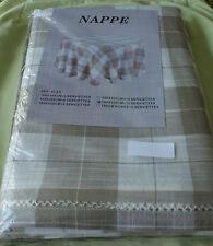 NAPPE + 12 SERVIETTES ECRU a CARREAUX  180 X 300 Ref N110