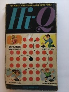 Vintage Hi-Q Game Puzzle Jump the Pegs 1970 in Box Complete.