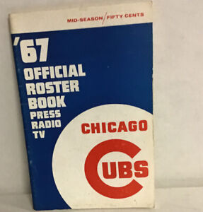 Chicago Cubs 1967 Official Roster Book Press Guide Ernie Banks (mears)