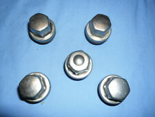 Land Rover Discovery  2 - Wheel Nuts