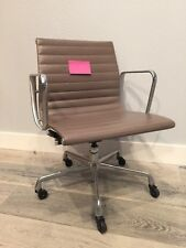 ***Original Herman Miller Eames Aluminum Group Management Chair in Tan Leather*A