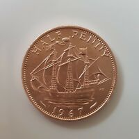 Uncirculated 1967 Half Penny Queen Elizabeth 2nd Golden Hind Ship Reverse 1/2p